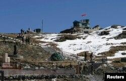 印度军队在中印边境巡逻(2009年1月17日)