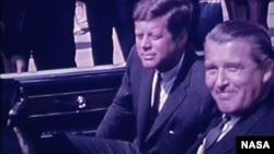 Президент Джон Кеннеди и Вернер фон Браун