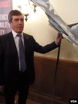國防武器出口公司總裁伊賽金(美國之音白樺拍攝)