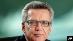 د جرمني د کورنیو چارو وزیر توماس دي مایزری
