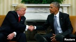 Tổng thống Barack Obama chào đón Tổng thống tân cử Donald Trump tại Tòa Bạch Ốc.