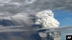 인도네시아 메라피 화산 폭발 장면