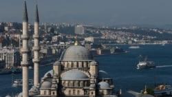 Turkiya: O'zbek bolalarni o'qitayotgan markazlar radikalizmda ayblandi - Malik Mansur