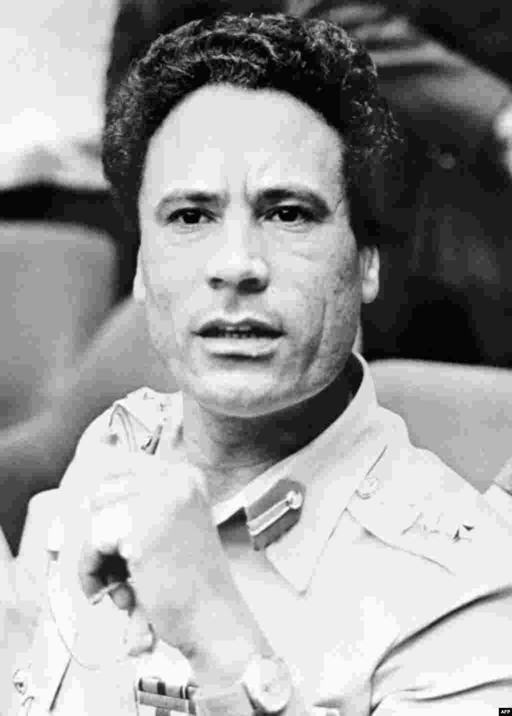 Picture taken 04 August 1975 in Kampala of Libyan Head of State Colonel Moammar Gadhafi during the summit of the Organization of African Unity (OAU), (AFP).