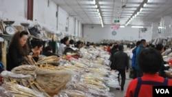 Một khu chợ Triều Tiên ở Diên Cát, Trung Quốc, 4/4/2013