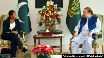 U.S. National Security Advisor Susan Rice calls on Prime Minister Muhammad Nawaz Sharif at the PM House, Islamabad, Pakistan, Aug. 30, 2015.