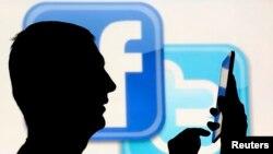 페이스북과 트위터가 SNS를 통해 무차별적으로 퍼지는 허위 뉴스 기사들을 걸러내기 위해 공동작업에 나섰다.