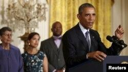 Presidente Obama anuncia medidas para reducir emisiones de gases de invernadero.