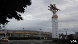 台北松山机场(美国之音申华拍摄)