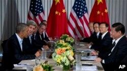 8일 바락 오바마 미국 대통령(왼쪽)과 시진핑 중국국가 주석(오른쪽)이 미국 캘리포니아주에서 정상회담을 졌다.