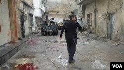 El gobierno sirio comenzó a bombardear las áreas dominadas por la oposición el 4 de febrero de 2012.