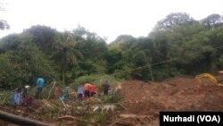 Lokasi longsor di Imogiri, Bantul. Total 5 korban meninggal akibat banjir dan tanah longsor di DIY. (Foto: VOA/Nurhadi)