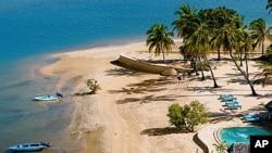 L'île de Manda, où la Française a été enlevée