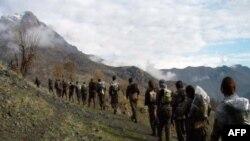 Üsyançı kürd qrupu PJAK İranı atəşkəsə çağırıb (Yenilənib)