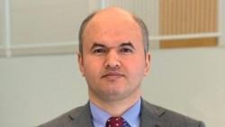 Umud Şükri: Neft bazarında İrandan boşalan yeri doldurmaq çətin olmayacaq