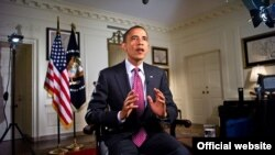 President Barack Obama tapes the Weekly Address (Photo: White House / Chuck Kennedy)