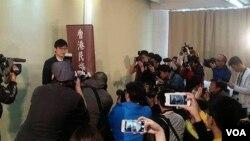 香港第一個開宗明義主張港獨的政黨,香港民族黨召開記者會宣佈創黨。(香港民族黨社交網站圖片)