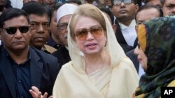 mantan Perdana Menteri Khaleda Zia di Dhaka (foto: dok).