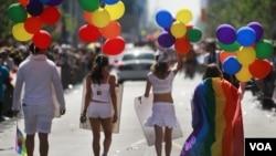 La comunidad gay espera que Nueva York se una a otros estados del país como Washington y apruebe el matrimonios para homosexuales.