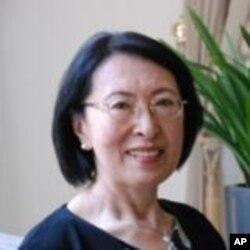 台灣大學政治系名譽教授張麟徵