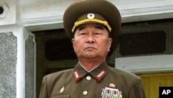 Jenderal Kim Kyok Sik, pemimpin pertahanan Korea Utara yang berhaluan keras (Foto: dok). Korea Utara mengganti Jendral Kim dengan seorang Jenderal Angkatan Darat yang tidak terkenal, Jang Jong Nam.