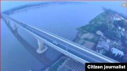 လာအိုနဲ႔ထိုင္းႏွစ္ႏိုင္ငံက မဲေခါင္ျမစ္ကူးတံတား