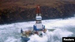 阿拉斯加东南海岸附近的钻油设施