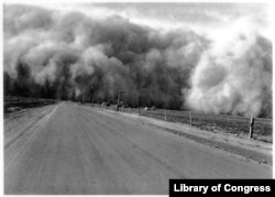 1930s dust storm on the Great Plains
