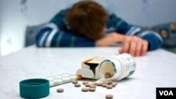 Las sobredosis con medicamentos es una de las prácticas más comunes por los suicidas.