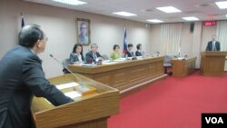 台湾立法院外交及国防委员会5月11号质询的情形 (美国之音张永泰)