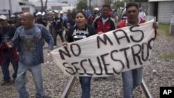 Protestas por secuestros de inmigrantes por contrabandistas de seres humanos.