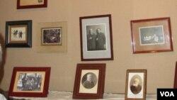 圣彼得堡的俄罗斯和苏联著名探险家科兹洛夫纪念馆。科兹洛夫也被一些俄罗斯学者称为战略间谍,曾多次深入新疆、蒙古、西藏、甘肃等地考察。十月革命后,科兹洛夫仍受到了布尔什维克政府的重视和厚待。