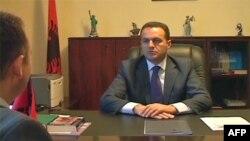 Afera korruptive 4 milionë euro në Shqipëri gjobiten 2 mijë dollarë