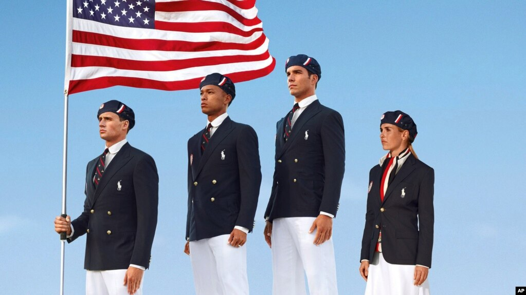 Es la tercera vez consecutiva que Ralph Lauren diseña el uniforme oficial para  Estados Unidos con e406892dc1e41