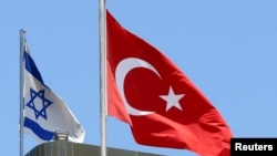 以色列和土耳其国旗