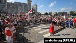 Акція протесту біля будівлі Белтелерадіокомпанії, Мінськ, 17 серпня 2020 року