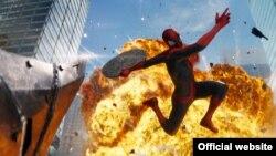 """Scena iz filma """"Neverovatni Spajdermen 2"""""""