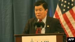 吴振伟众议员(Rep. David Wu)