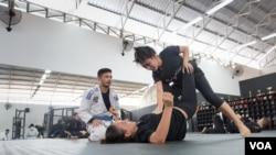Martial Art Jiu Jitsu Gains Popularity in Cambodia
