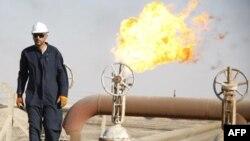 Khu vực sản xuất dầu trong tỉnh Basra ở miền Nam Iraq