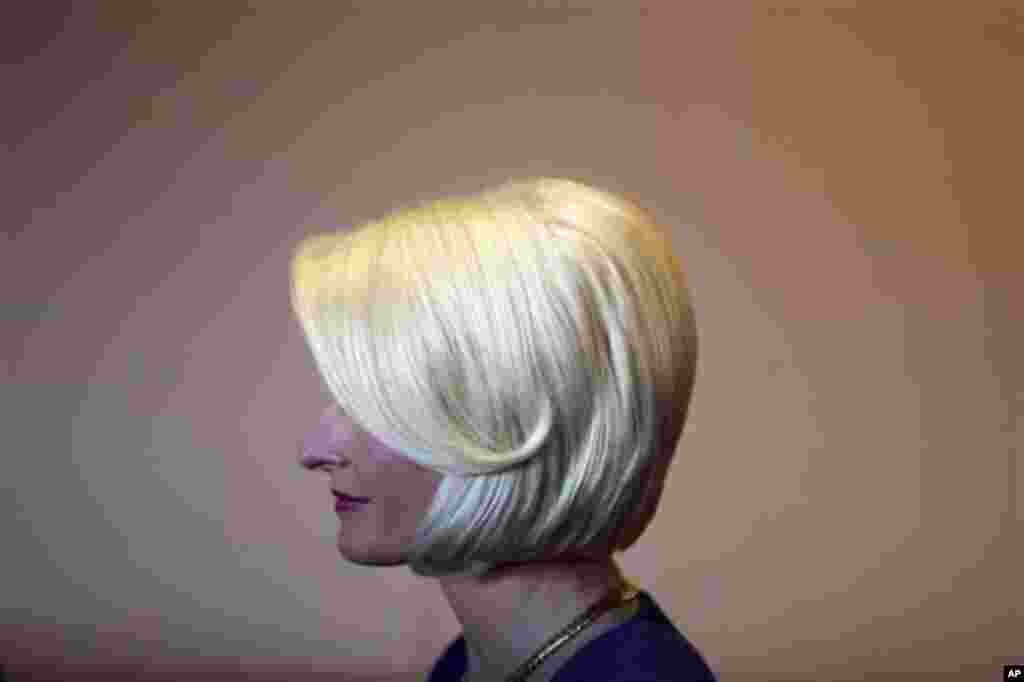Callista Gingrich, wife of Republican presidential candidate, former House Speaker Newt Gingrich meets with Republican supporters at a Smashburger restaurant, Tuesday, Feb. 14, 2012,