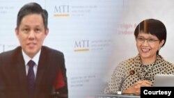 Menlu RI Retno Marsudi (kanan) dan Menteri Perdagangan dan Industri Singapura Chan Chun Sing. (Foto: Kemenlu RI)