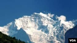 Pegunungan Alpen di Eropa
