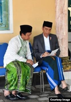 Romahurmuziy, Ketua Umum Partai PPP bersama Presiden Joko Widodo (foto: Facebook).