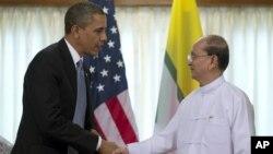 Obama cumprimenta presidente Thein Sein