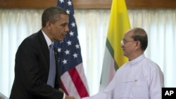 Tổng thống Hoa Kỳ Barack Obama trong cuộc gặp với Tổng thống Miến Ðiện Thein Sein tại Rangoon, ngày 19/11/2012