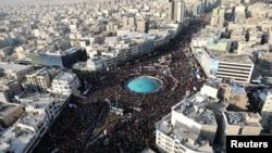 Похоронная процессия Касема Сулеймани