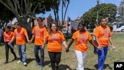 La lucha de los jóvenes soñadores continúa. Miles de estudiantes indocumentados todavía están a la espera de la extensión de la Acción Diferida que permanece bloqueada en la Corte Suprema.