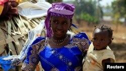 Assurance santé universelle: analyse de Siaka Coulibaly, joint par Nathalie Barge