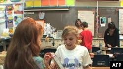Deca u Merilendu sortiraju hranu koju isporučuju starijim osobama sa malim prihodima
